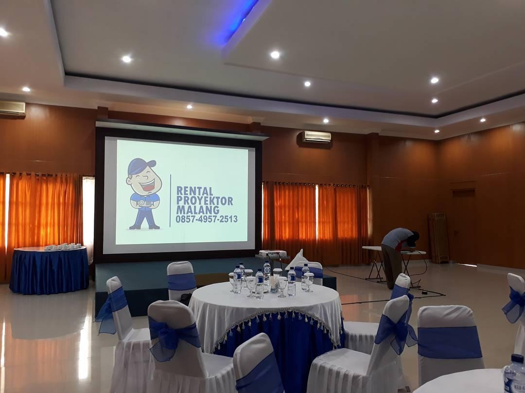 Sewa Rental LCD Proyektor Di Malang